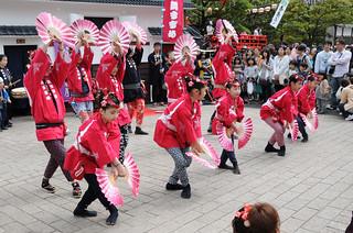 すずめ踊り   by manamich2