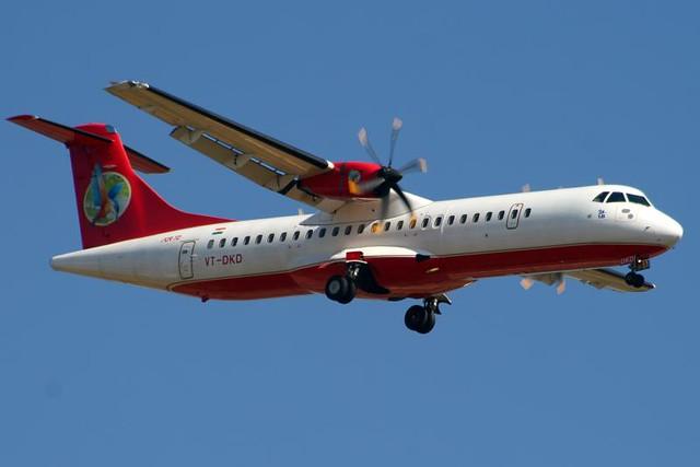 Kingfisher Red ATR72 VT-DKD