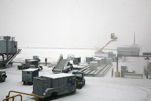 A Snowy Chicago O'Hare Airport | by cliff1066™