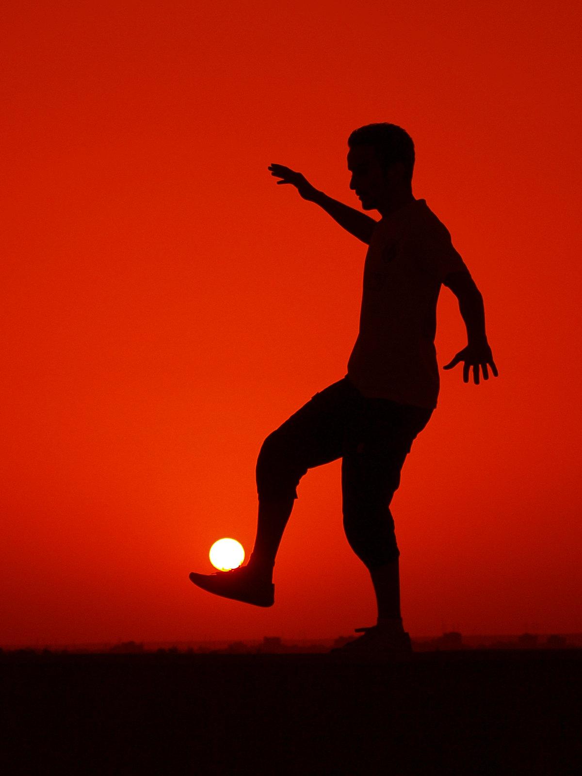 Słońce zamiast piłki