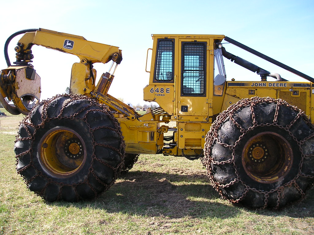1992 John Deere 648E Dual Arch with Grapple, Winch 'SOLD