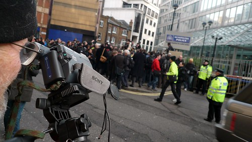 Photographers' protest at Scotland Yard, London, UK 41.JPG   by gruntzooki