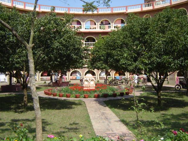 Brahmachari Ashram | ISKCON Mayapur, West Bengal | Os Rúpias | Flickr