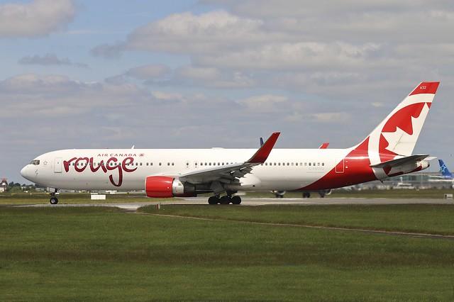 C-FMWQ 767-300 Air Canada Rouge Dublin 13.6.15