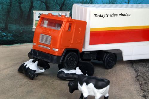 Crash Kills 2 Cows | by HaarFager (Pro)