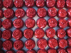 Red Rose Cupcakes | by clevercupcakes