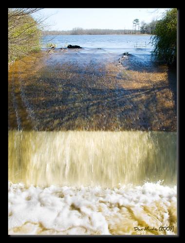 lake fall water pond dam rush spill churn d80