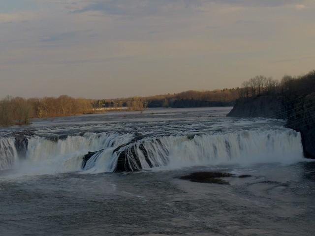 Cataratas de Cohoes Falls