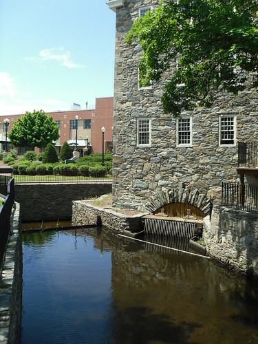 Slater Mill Historic Site - Pawtucket, Rhode Island | by Dougtone