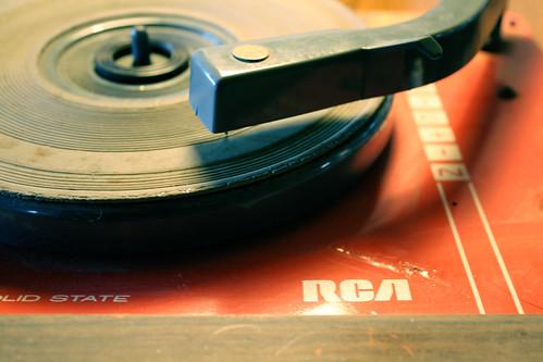 Musica comprimida  -  Compressed Music   by Ferrari + caballos + fuerza = cerebro Humano 