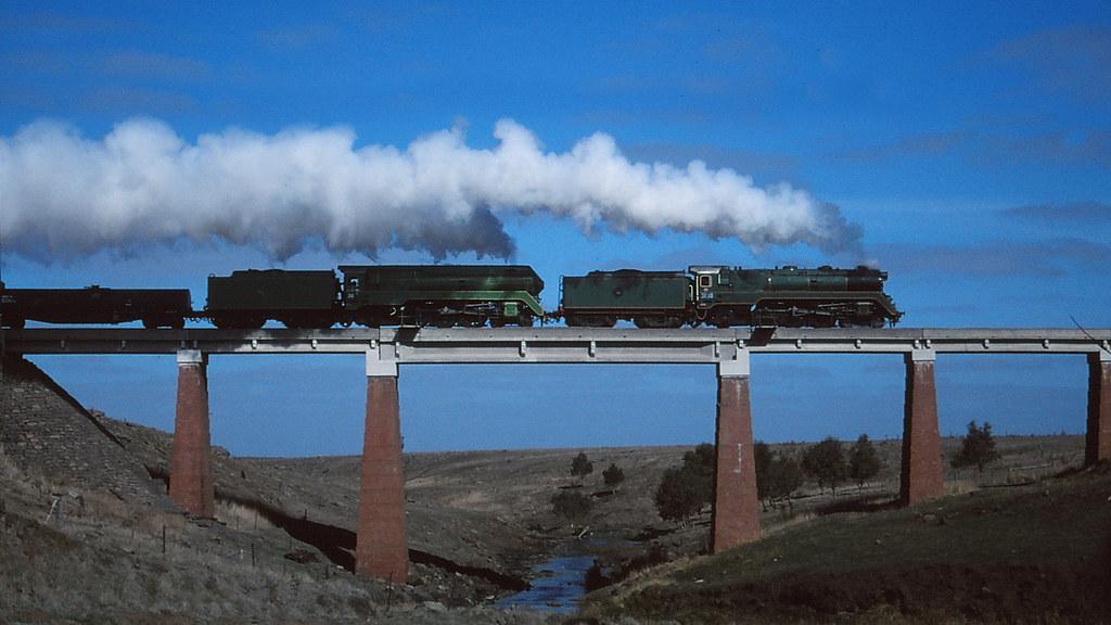 4244 - 2000-04-xx - Mt Emu creek bridge by michaelgreenhill