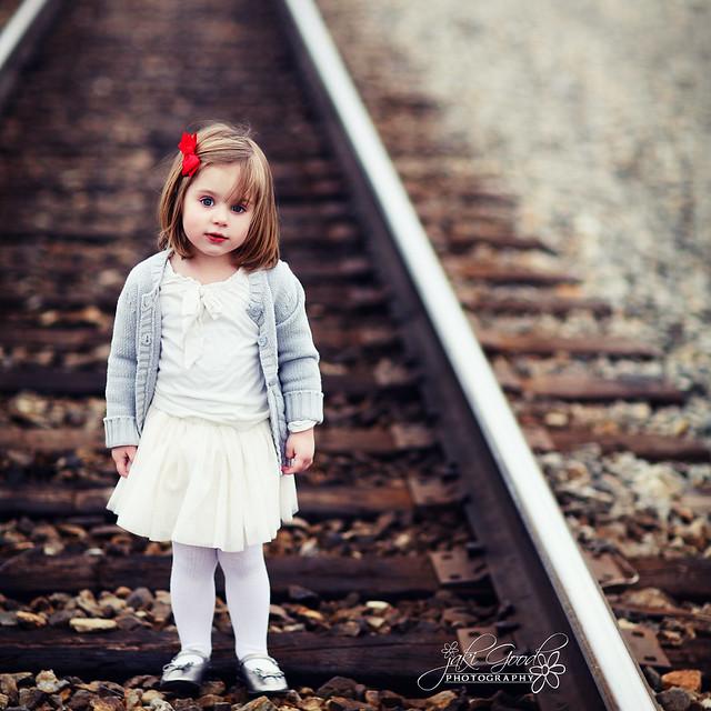 ella on the tracks