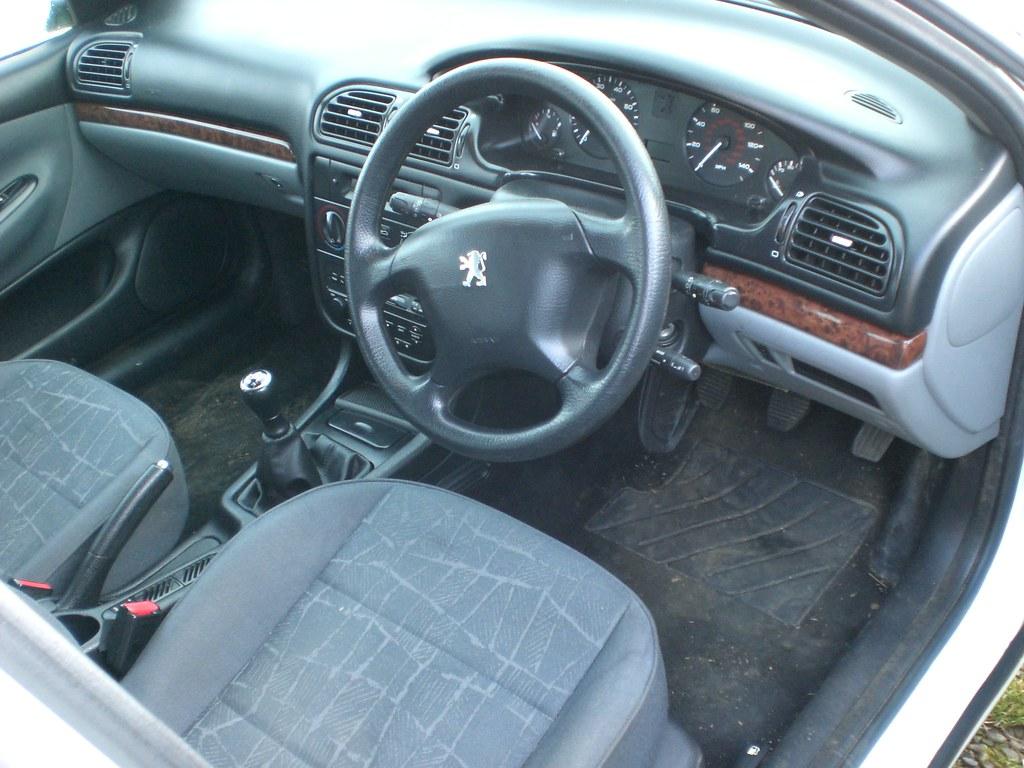 Peugeot 405 Estate Interior Geoff Campbell Uk Flickr