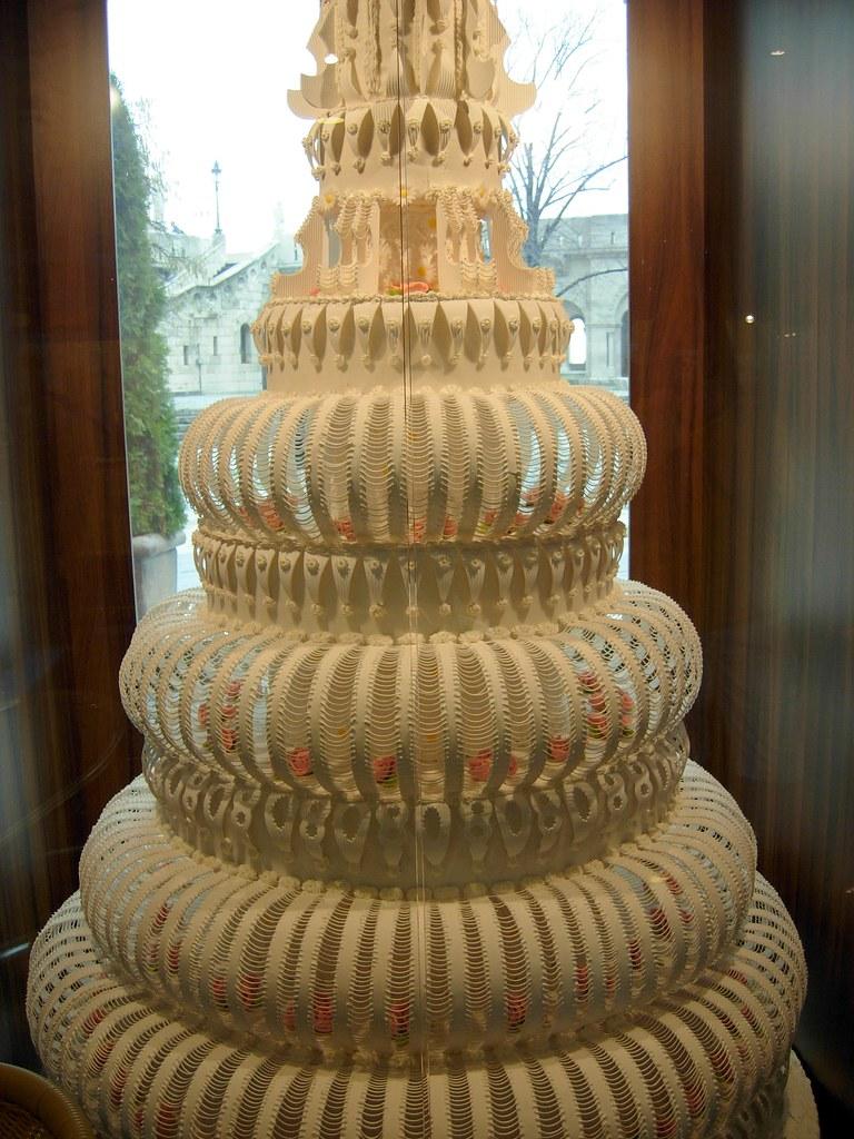 Terrific Biggest Wedding Cake Ever The Biggest Wedding Cake Ever M Flickr Funny Birthday Cards Online Barepcheapnameinfo