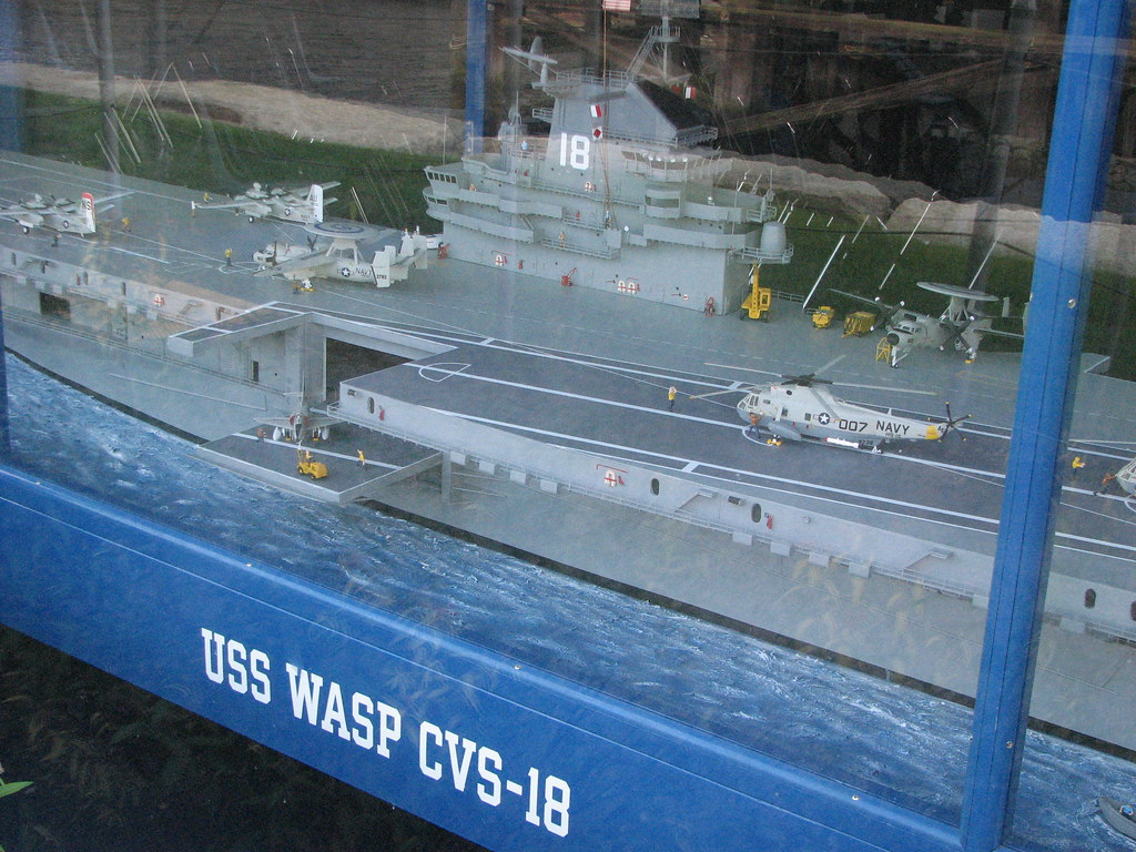 model of aircraft carrier uss wasp cvs-18