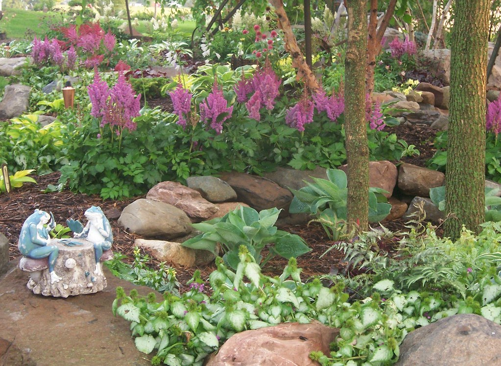 100 1708 Shade Garden Landscape Design Hosta Astible Lam Flickr