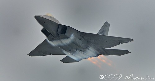 ri plane action aircraft jet airshow explore rhodeisland raptor f22 usaf quonset d300 unitedstatesairforce tc17eii explored demonstrationteam f22a 300mmf4d aircombatcommand platinumphoto northkingston flghter nikonjim