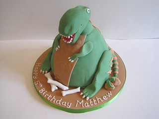 Fat T-Rex Cake | by Jellycakes