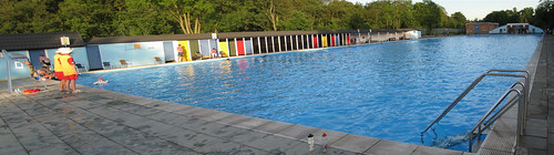 Tooting Bec Lido - London's filthiest pool (stitched) | by Hubbers