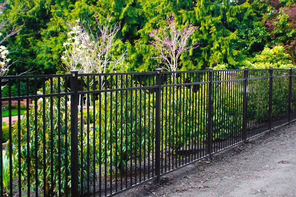 Ornamental Fence Installation Oregon Aluminum Fencing Offe Flickr