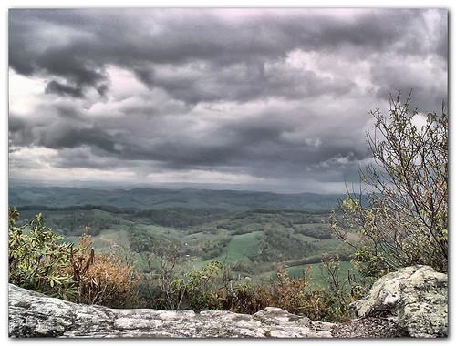 mountain rock clouds virginia russellcounty washingtoncounty goldstaraward artistictreasurechest
