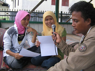 ILM radio community in Krueng Raya. From, by, and for the community | by East Asia & Pacific on the rise - Blog