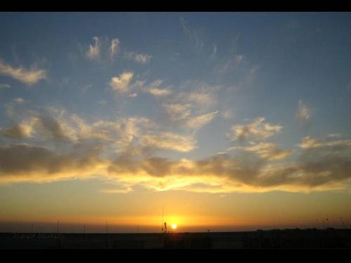 light sunset sky sun clouds digital canon photography dusk iraq powershot najaf digitalelph sd870is karenblakely