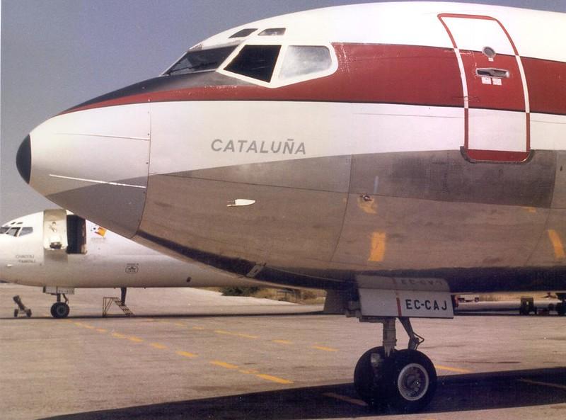 """""""Cataluña"""" uno de los Boeing 727 de Iberia. El avión fué espina dorsal del servicio de Puente aéreo desde 1974 hasta el 2000"""