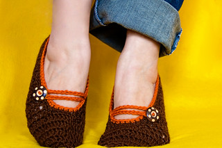 brown mary jane slippers | by Lisa | goodknits