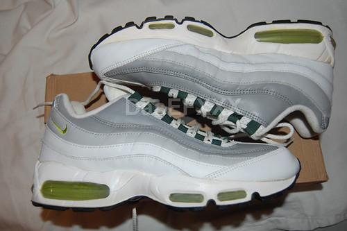 cheap for discount 3ffd9 321f1 Nike Air Max 95 White/Pear 1998 | Nike Air Max 95, '98 relea ...