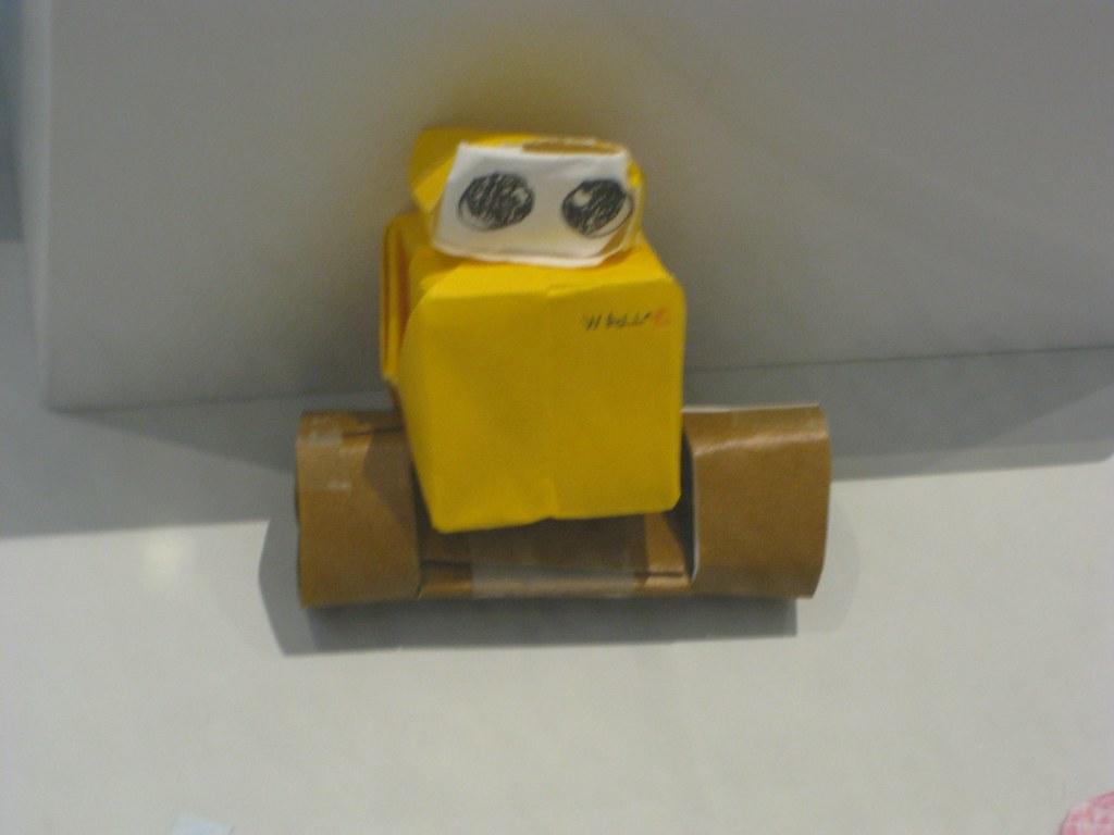HOW TO MAKE 3D ORIGAMI WALL-E TUTORIAL || DIY 3D ORIGAMI WALL-E ... | 768x1024