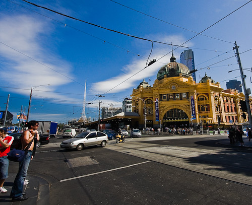 Flinders Street Station by mouzhik