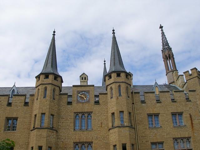 Hauptgebäude am Innenhof