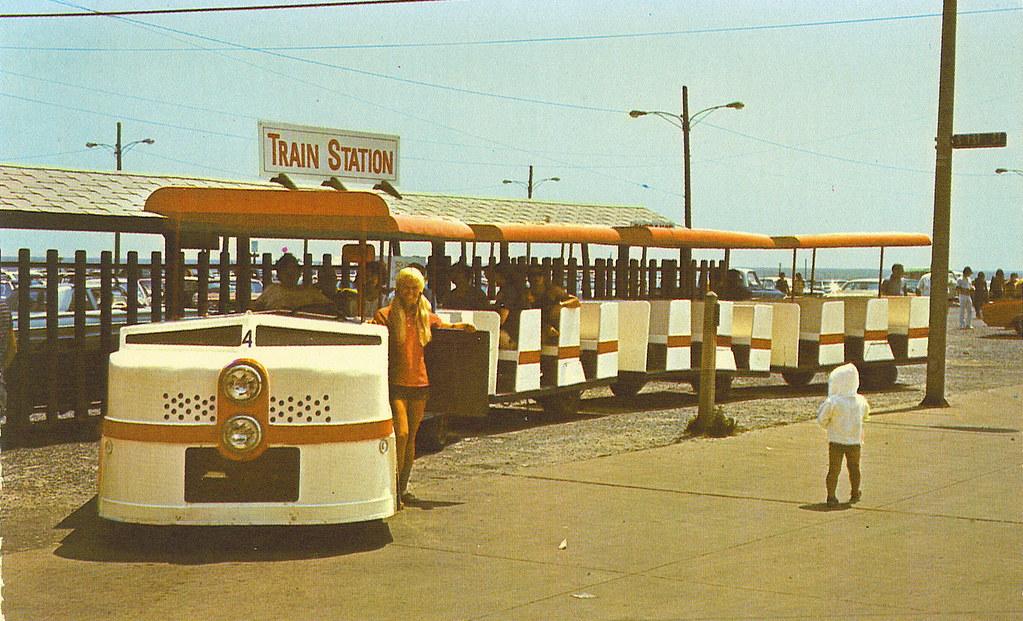 Boardwalk Tram (Early 70's) | Boardwalk Tram (Early 70's) Wi… | Flickr