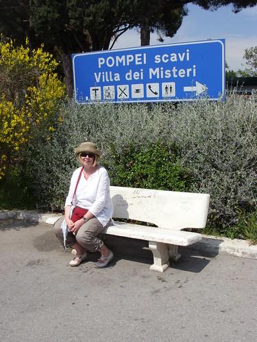 Pompeii Station