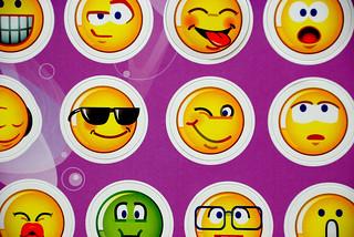 054 - Emoticons   by el_finco