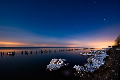longexposure nightphotography ontario night lakeerie greatlakes moonlight nightshots startrails lightroom sigma1020mm southwestontario bobwest k10d oldretainingwall