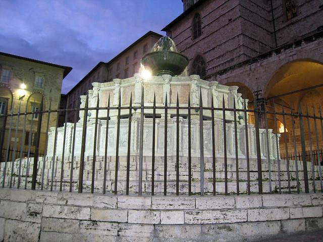 Perugia (Italy) - Fontana Maggiore by Night
