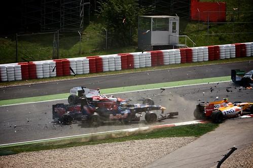 Massa aguantat a Vettel | by Formula1EnCatala.com