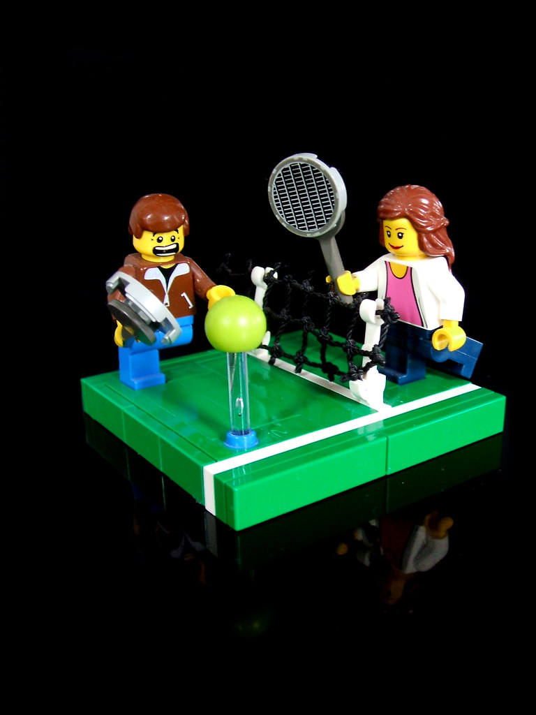 LEGO wedding cake topper (2nd scene, of 5) | Well, as of May… | Flickr