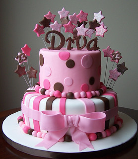 Terrific Diva Cake 10 And 6 Cakes 10 Was A Vanilla Cake With Va Flickr Personalised Birthday Cards Bromeletsinfo