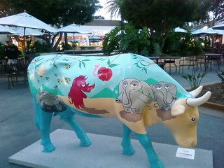 2009.099 . Cow Art | by pipilo