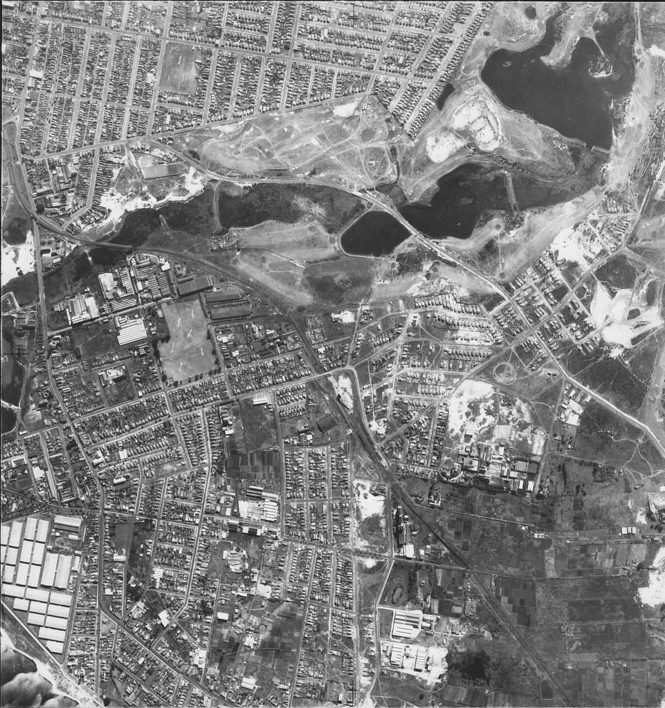 Pagewood, Eastlakes, Botany & Rosebery 1953 - Sydney aerial photo