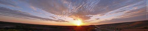 road morning autostitch panorama sunrise spring highway may panoramic kansas interstate 2009 i70 restarea flinthills wideview interstate70 wabaunseecounty photomergepanorama kawvalley dsch50 pse7 adobephotoshopelements7 kansasphotographers