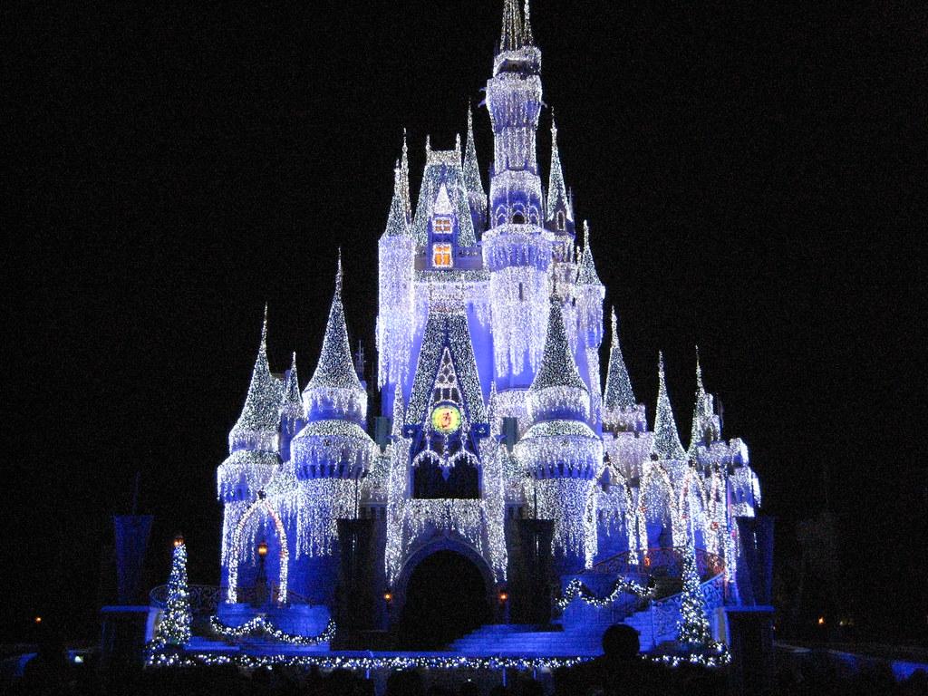 Cinderella Castle Christmas Lights.Cinderella Castle Christmas Lights Cinderella Castle At Wa