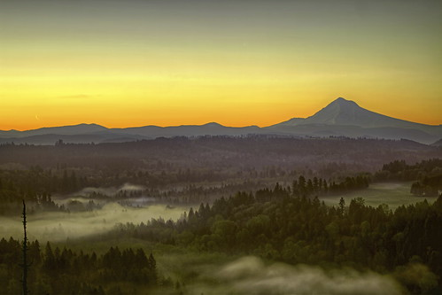 morning trees sky moon mist mountain clouds oregon sunrise river landscape early glow bend sandy foggy scenic crescent mount moonrise valley hood viewpoint range hdr jonsrud 3xp canoneos7d sigma2470mmf28ifexdghsm mygearandme sigma50th