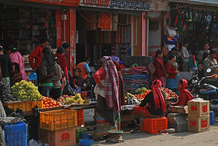 Storefront and vendors in Kaski   by World Bank Photo Collection