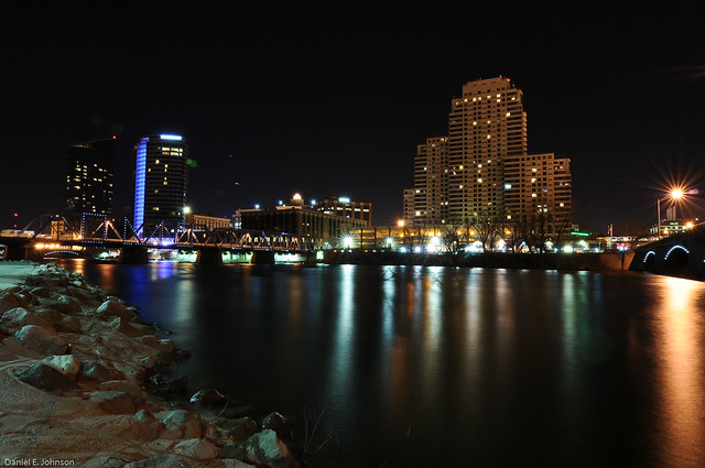 The Riverbank at Fulton Looking East