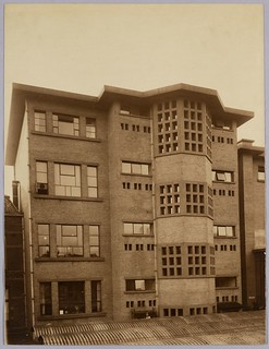 Gloeilampenfabriek Philips | Philips Light Bulb Factory | by Het Nieuwe Instituut - Architecture Collection