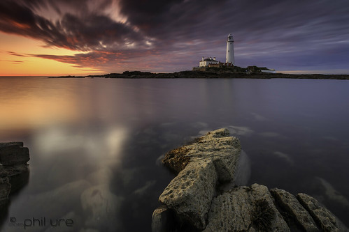 longexposure sky lighthouse sunrise canon reflections rocks northumberland le northsea northeast stmarys northeastengland leefilters canon6d